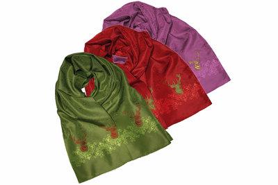 Zijden Foresta sjaal met herten motief 180x45