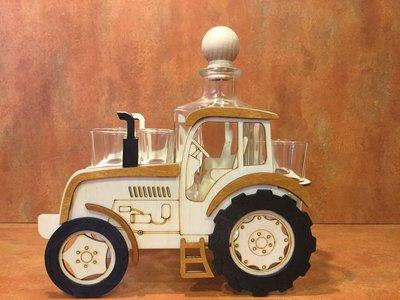 Tractor set inclusief 6 borrel glaasjes en fles